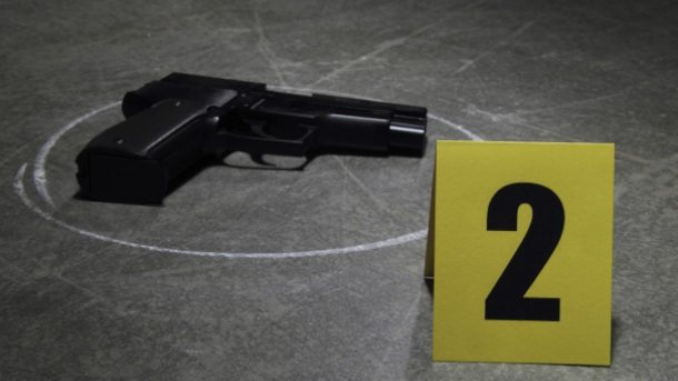 pistolj-ubistvo.jpg